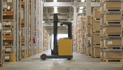 locacao-de-empilhadeiras-traz-mais-flexibilidade-as-empresas