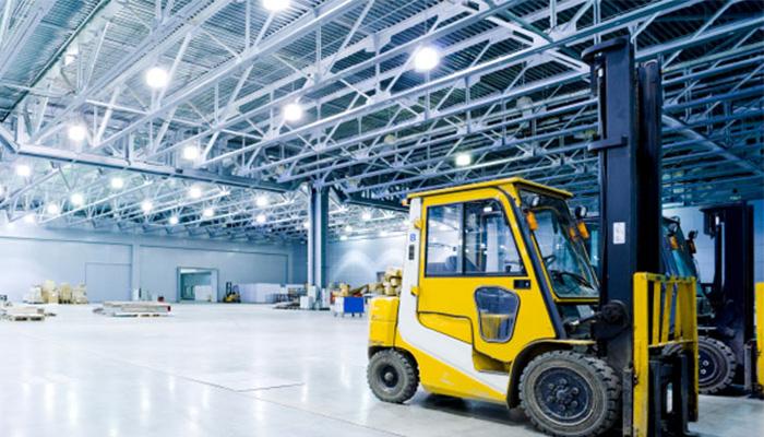 empilhadeiras-eletricas-mais-produtividade-e-seguranca-na-movimentacao-e-elevacao-de-cargas